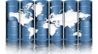 美国原油供应量下降的一个月最大增幅的石油