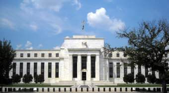 """美联储会议纪要""""扇形图""""问世 揭露美联储未来3年利率走势预期"""