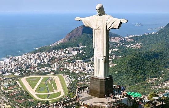 巴西前总统卢拉因腐败入狱 巴西大选失去有力候选人