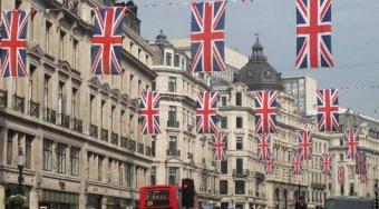 英国经济增速放缓 英国脱欧正促使企业囤积现金
