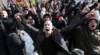 右翼白人群发动暴乱特朗普政府内有外患 美元指数风雨飘摇