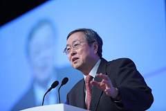 周小川新年贺词:提升金融管理服务水平,保持货币政策稳健中性