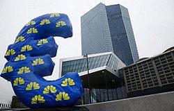 欧元走强遭受欧洲央行口头打压 各方预测欧元或将持续升值