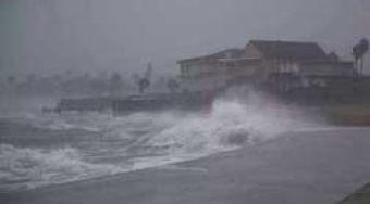 哈维飓风再次登录 或带来750亿经济损失可能是美国历史之最