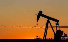 石油价格强劲 俄罗斯卢布略有上涨