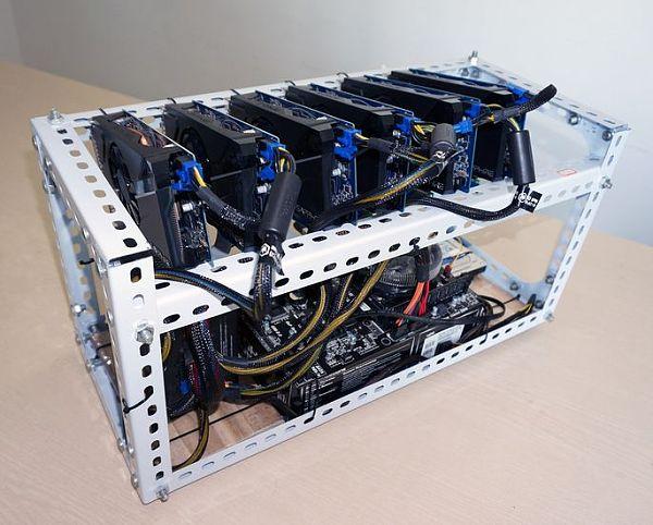 bitcoin miner比特币挖矿机   石小猴知识学院