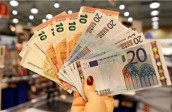 欧元上行修正保持不变