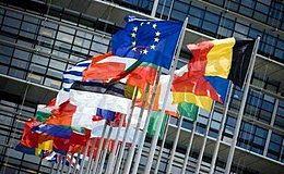 英镑受英国退欧局势影响下跌 但分析表示目前做空英镑尚早