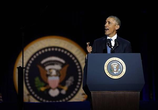 这位时刻带着幽默Style的美国非洲裔总统,用他的学识、远见、亲和力以及责任心优雅的转身,让美国今后的道路更加宽敞。