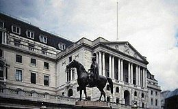 英国无序脱欧可能性飙升至30% 黄金获得潜在利好