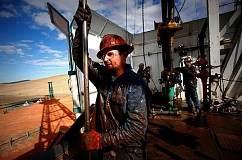 全球原油减产之际 美国页岩油成最大赢家
