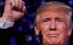 """特朗普上任""""第一把火"""":火速签署命令叫停奥巴马医改"""