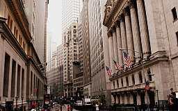 华尔街交易商调查:今年美联储仅会加息两次  二季底前不会加息