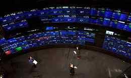 【外汇交易策略】2月27日外汇交易策略 美元波幅震荡 市场静待特朗普政策演讲
