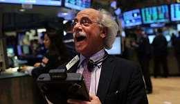 """尽管美元走强但金价和股市却持续上涨 暗示""""通胀恶魔""""即将发威"""