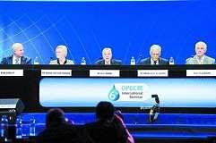 欧佩克和非欧佩克产油国举行非正式会谈以指示新的削减石油