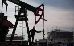 在低油价下 油服和油企哪个是受伤最严重的企业  油企难还是油服难