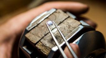 新加坡钻石交易所与两家区块链技术企业合作 跟踪钻石供应链和交易
