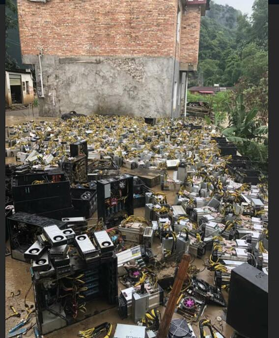 四川洪水造成部分矿场被淹 比特币全网算力骤降