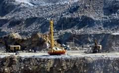 力拓CEO夏杰思:中国将成为2017年铁矿石价格的主要因素