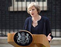 英国脱欧前夕遭十年来最严重暴恐 政局动荡使黄金避险需求一触即发