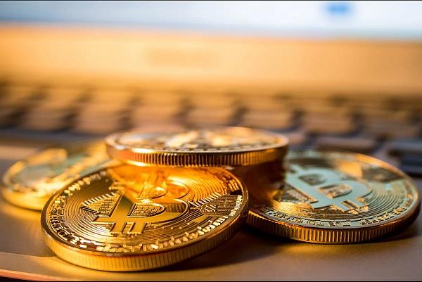 """Coinbase每日加密货币购买限额升至2.5万美元 但非所有客户能获此""""福利"""""""