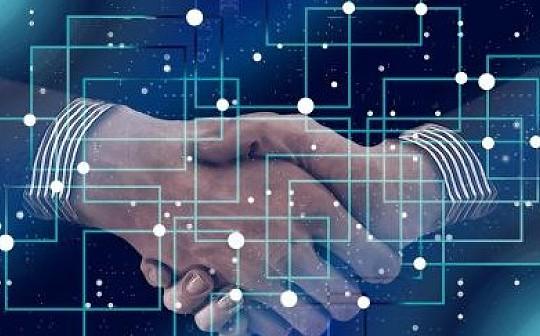 AI让区块链更智能  区块链让AI更可信