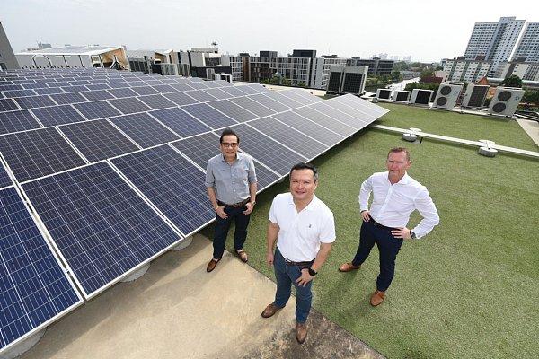 "(Uthai表示:""尚思瑞的这些系统将成为全球最大的实时区块链、点对点(p2p)住宅项目能源交易平台,以及东南亚首个公私合营的可自行持续发展的能源管理模式。"")"