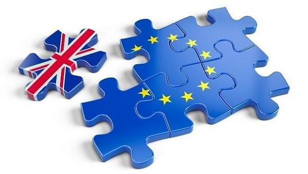 首轮英国脱欧谈判开启 英国政局引投资者担忧