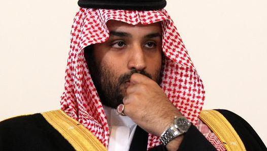 日本首相安倍晋三请求沙特阿美石油公司在东京上市
