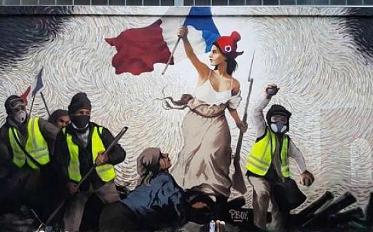 巴黎街头突现比特币解谜壁画 解开送比特币