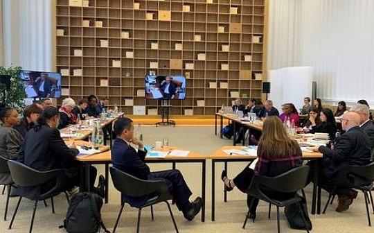 马云联合国主持会议:与联合国秘书长论数字经济发展