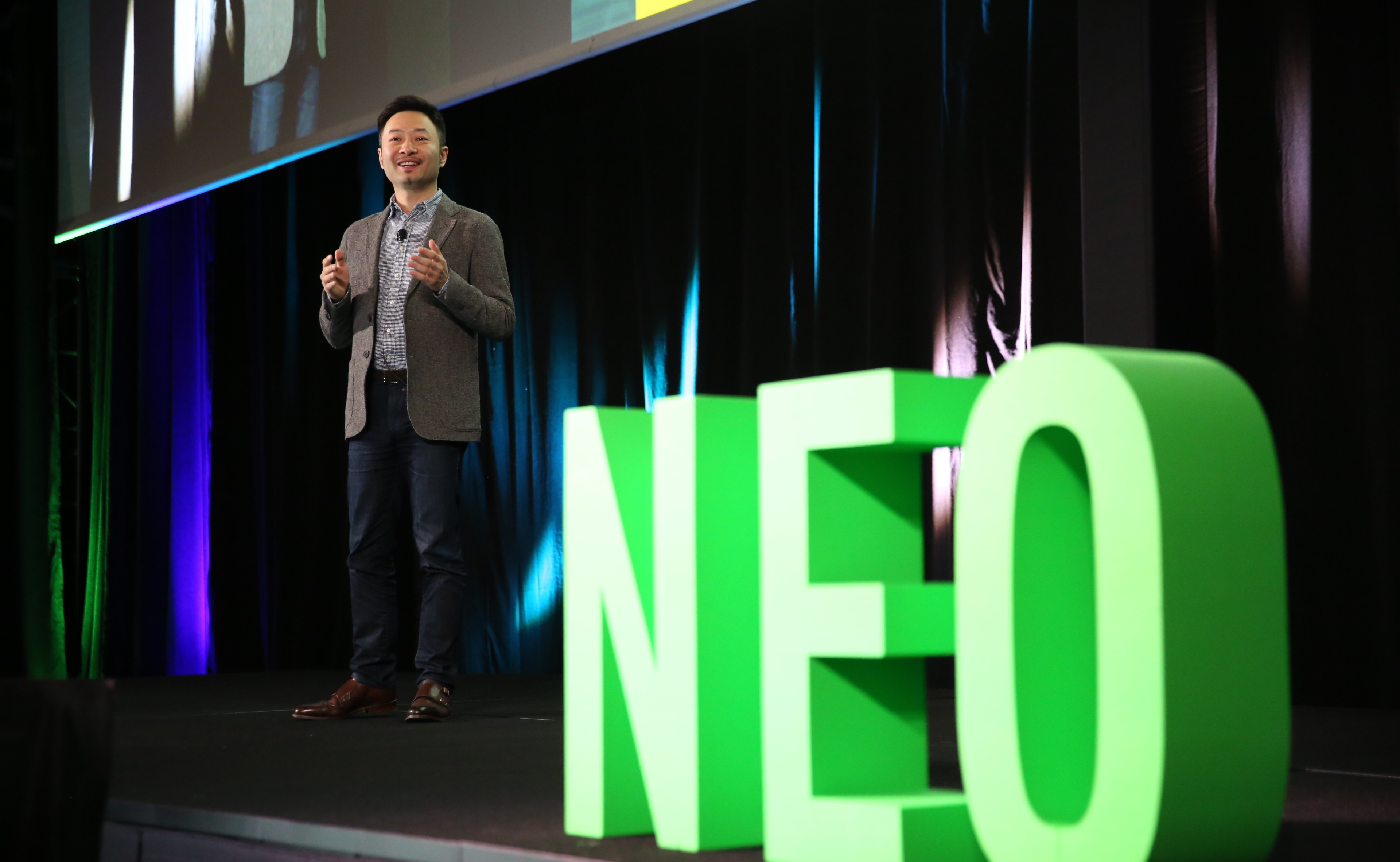 "NEO 2019西雅图大会首日:""实用理想主义""的开发者聚会"