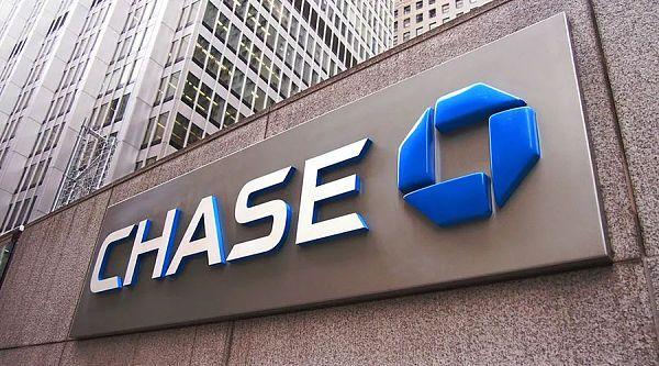 大批保守黨媒體人士被Chase Bank終止銀行服務 比特幣推廣雪球將越滾越大