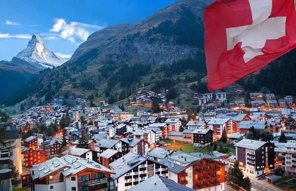 三家瑞士公司利用区块链完成一笔 300 万美元房地产交易