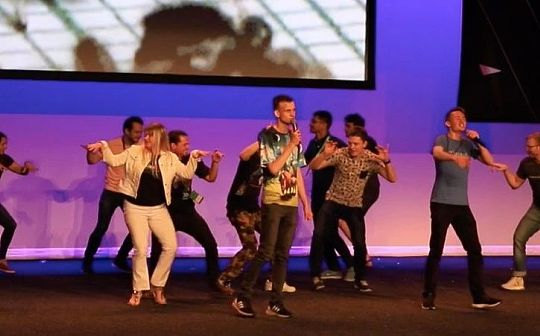 V神玩起freestyle  太坊核心大咖悉尼演讲精华全在这 | 直击EDCON