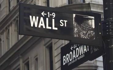 避险情绪升温 机构投资者涌入数币期货市场