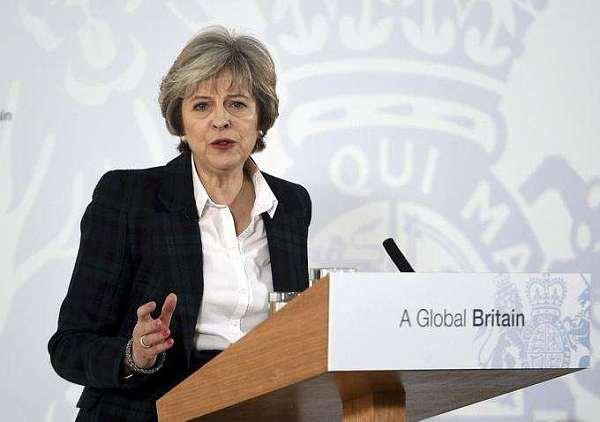 (英国首相梅之前表示,英国脱欧以后不会把司法权给欧盟)