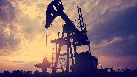 当风暴进入墨西哥湾时 石油稳定原油库存减少