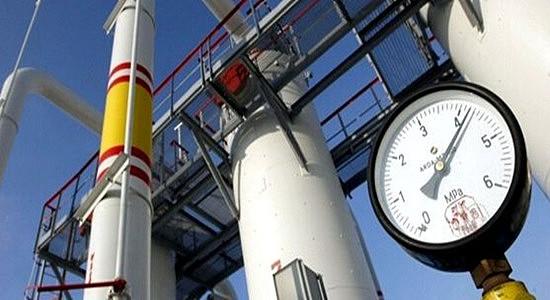 (更多的天然气和石油钻探活动正在进行)
