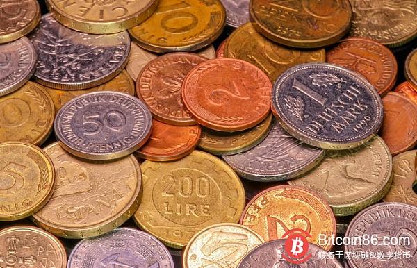 """""""Old World"""" Deutsche Bank's big layoff """"New World"""" BTC broke through 12,000 US dollars"""