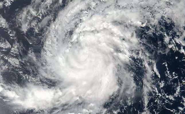 石油市场因风暴哈维的影响而减弱 飓风伊玛头进入加勒比