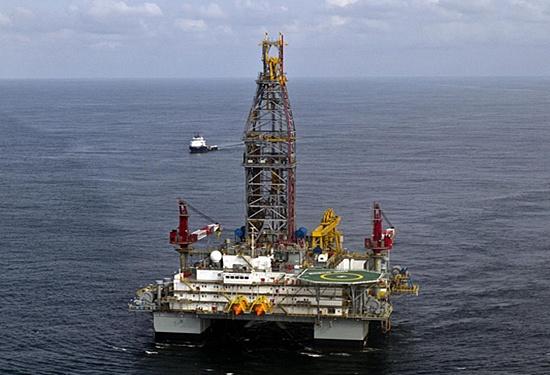 (石油价格下跌 因人们担心飓风伊玛对原油出口的影响会上升)