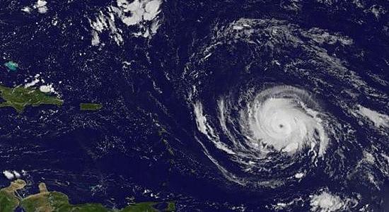 """(飓风""""艾尔玛""""已经让投资者感到恐慌)"""