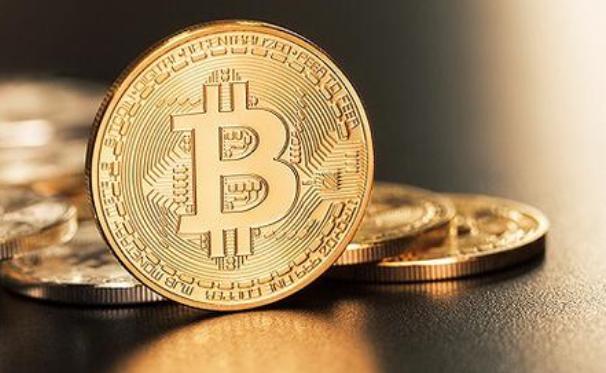 比特币与DeFi:今年究竟哪个收益最高?