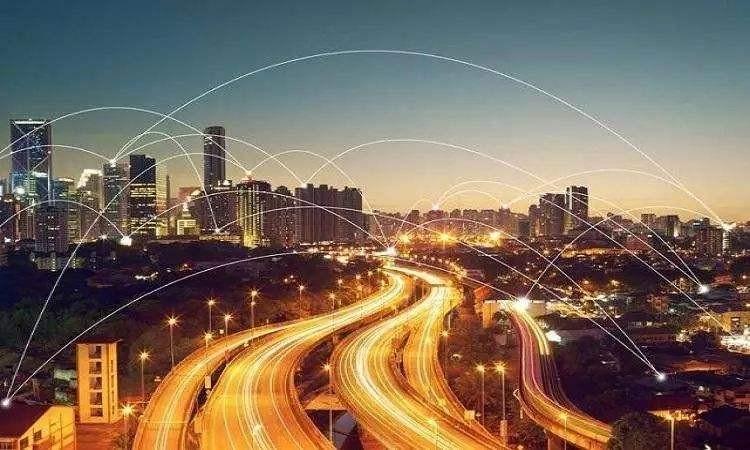 """把握区块链""""风口""""建设""""智慧城市"""" 重庆明年将培育2-5个区块链产业基地"""