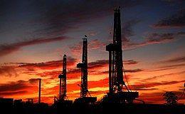 原油减产协议执行率飙升 布伦特原油逼近两年高位