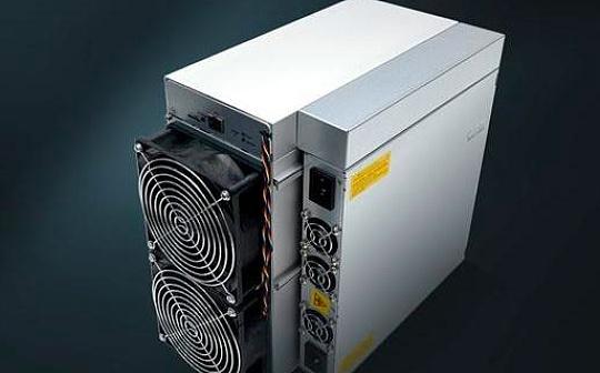 著名矿商竞相推出顶级矿机 应对比特币网络产出减半-宏链财经