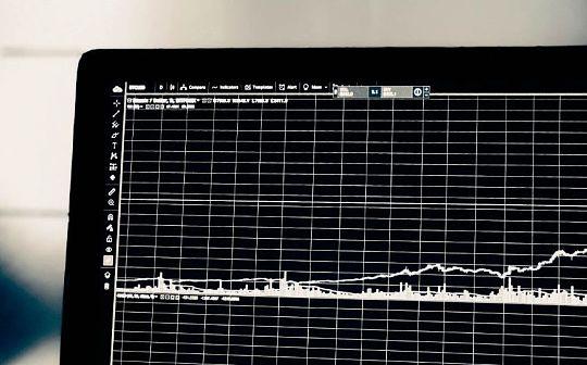 利率:法币的价格如何影响我们的投资和决策