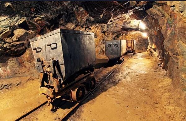 金色前哨丨疫情期内首家挖矿公司因BTC价格暴跌停运